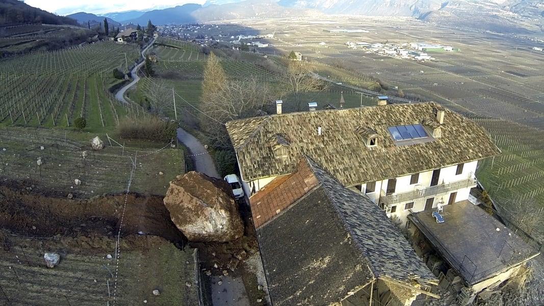 01 italy landslide