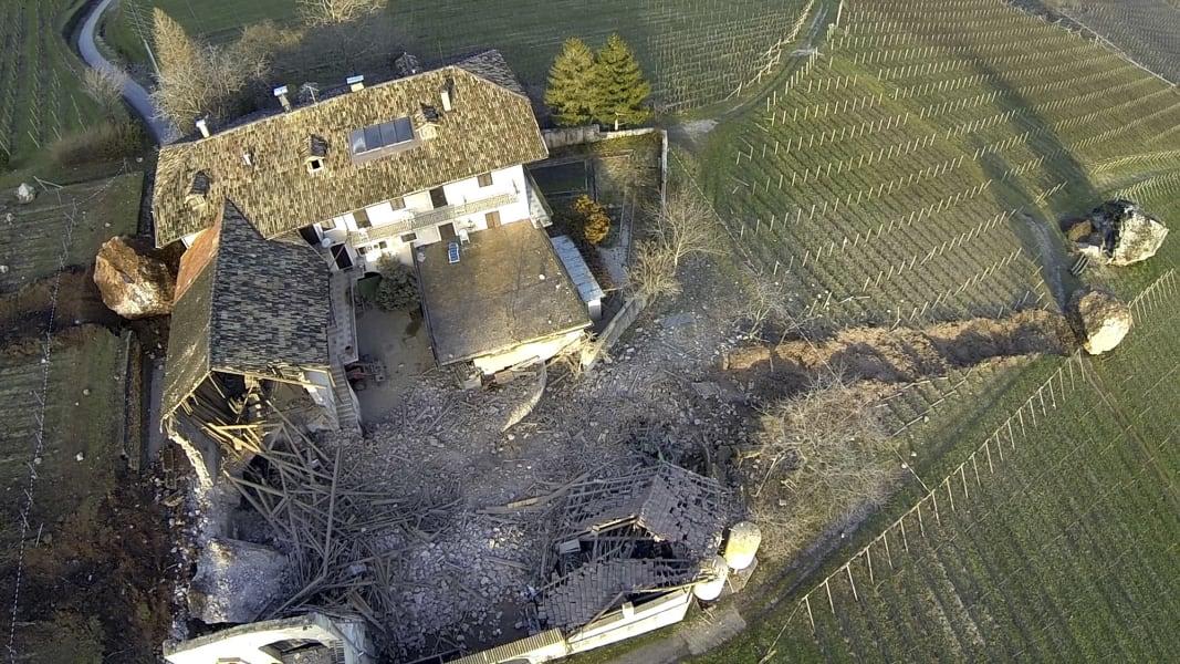 06 italy landslide