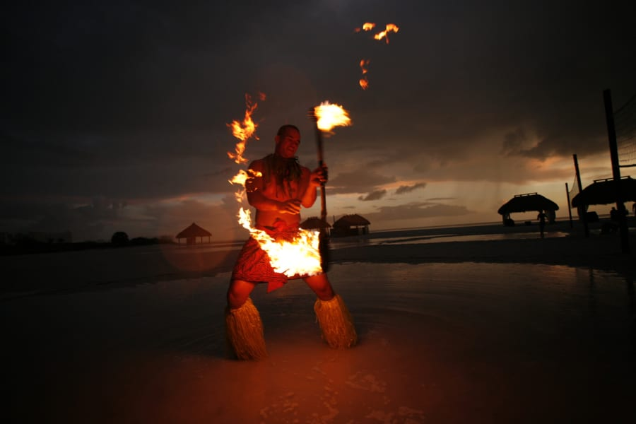 hotel traditions fire dance