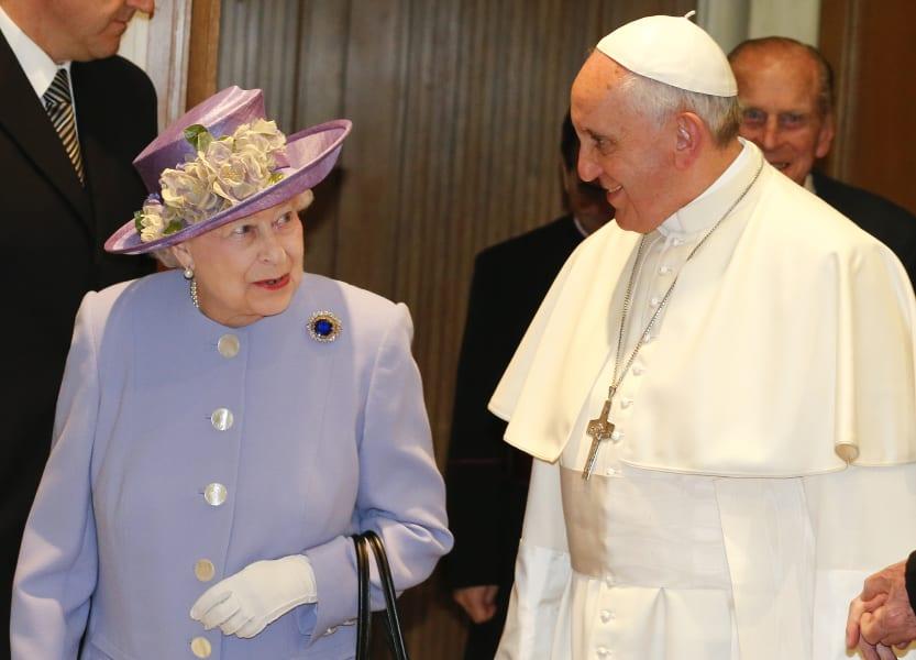 queen elizabeth pope francis 0403