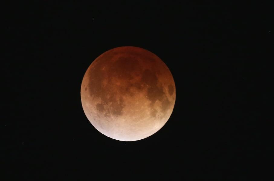 blood moon eclipse 15 april 2014