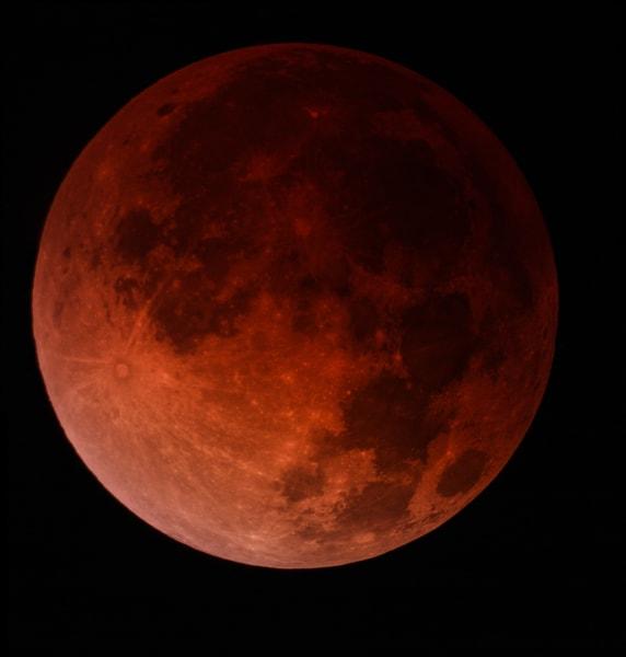 blood moon composite irpt