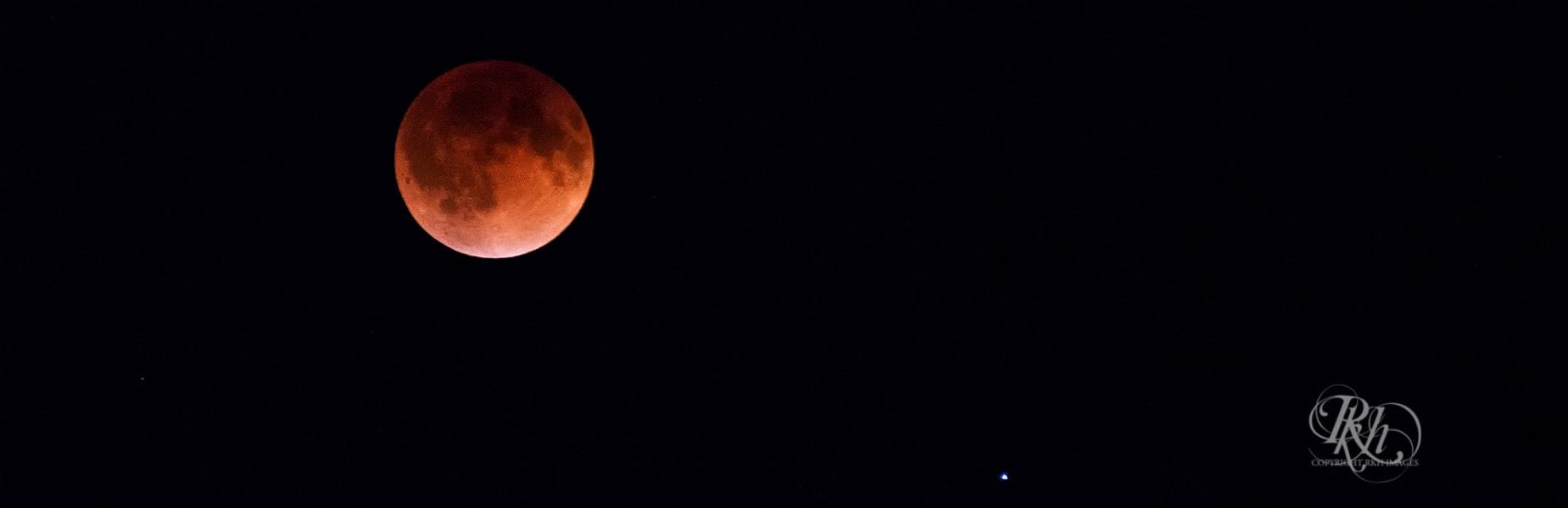 irpt.blood moon.hansen