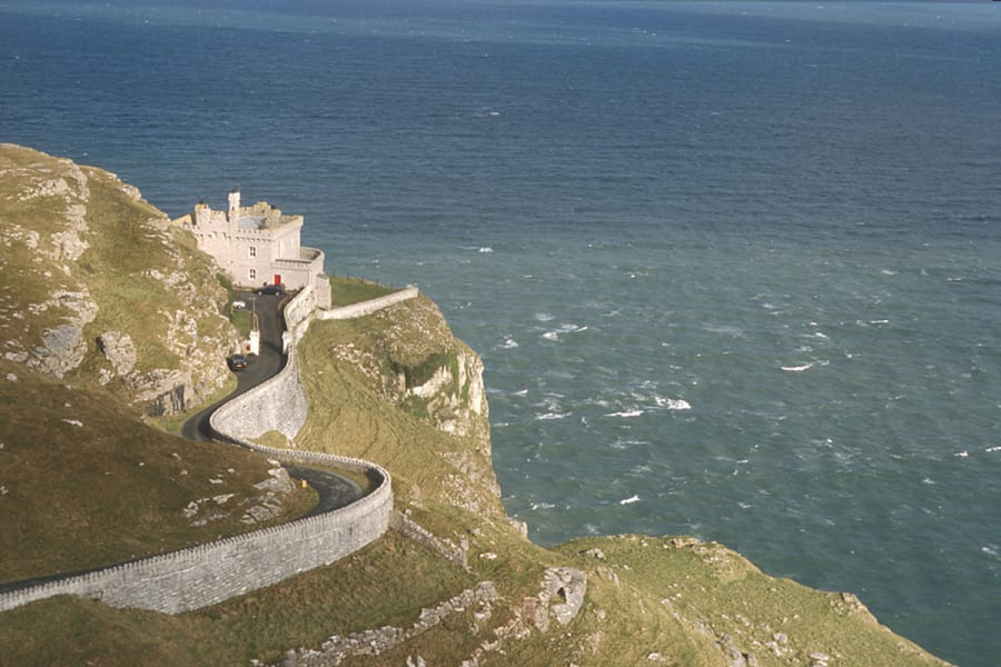 15 quirky hotel-great orme lighthouse