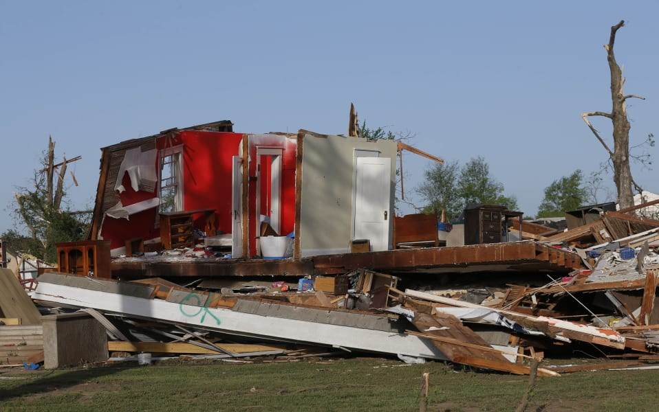 RESTRICTED tornado 0428 04