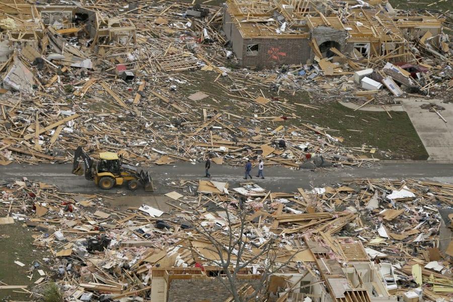 RESTRICTED tornado aerial 0428