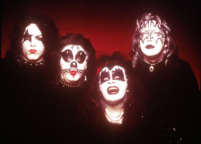 01 kiss - first album - RESTRICTED