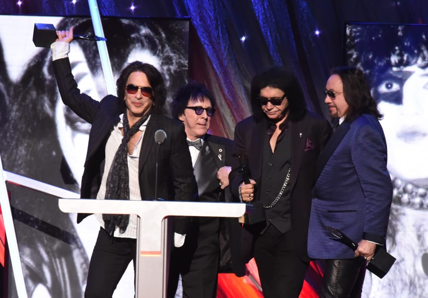 15 kiss hall of fame - RESTRICTED