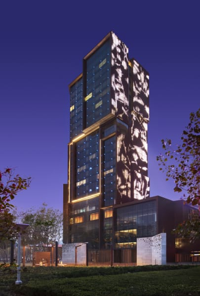 1. China hotels LE MERIDEN ZHENGZHOU