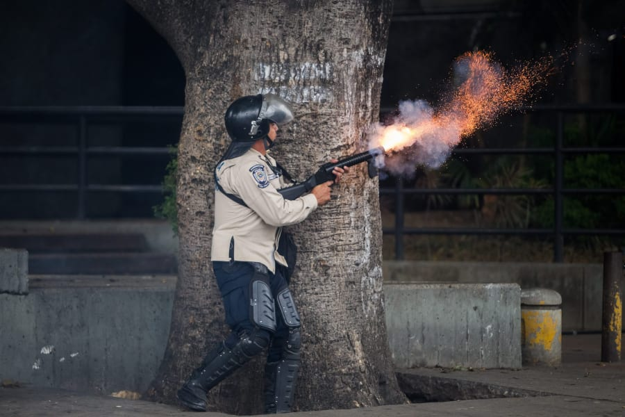 01 venezuela 0510 restricted