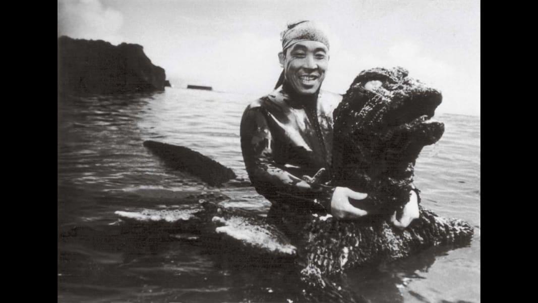 11 tsuburaya godzilla RESTRICTED