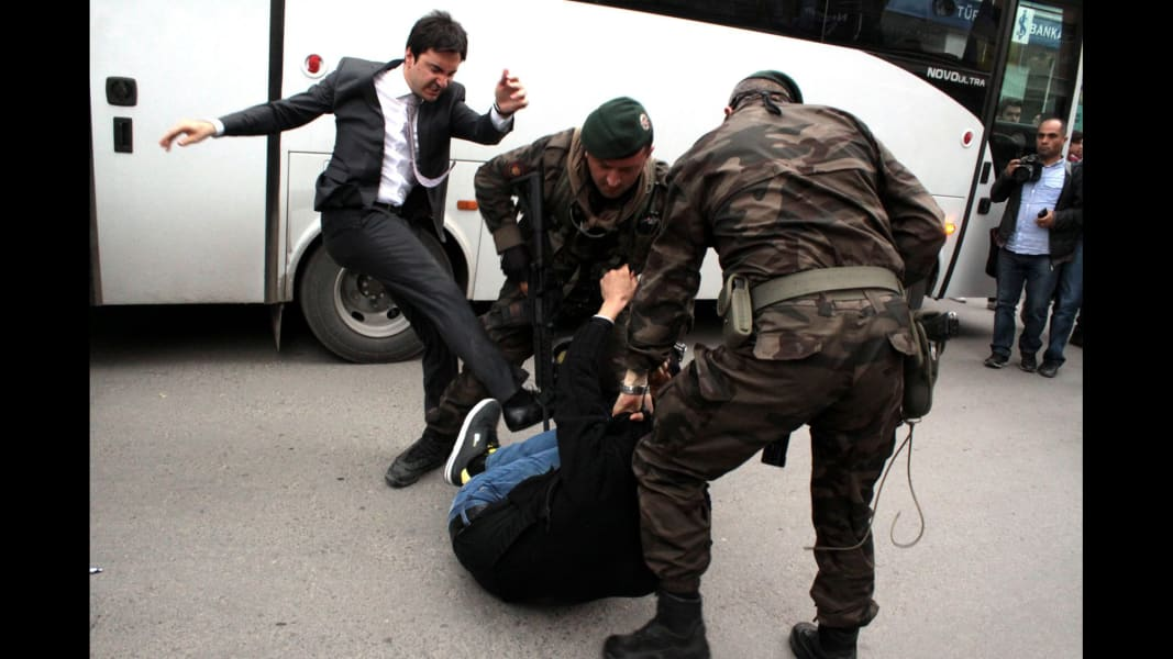 01 turkey protests 0515