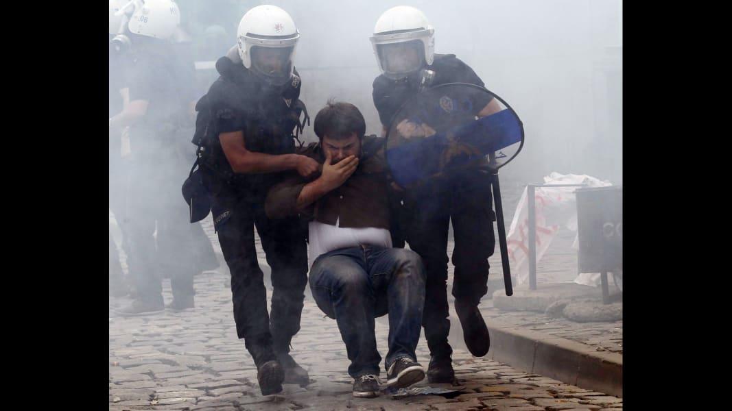 09 turkey protests 0515