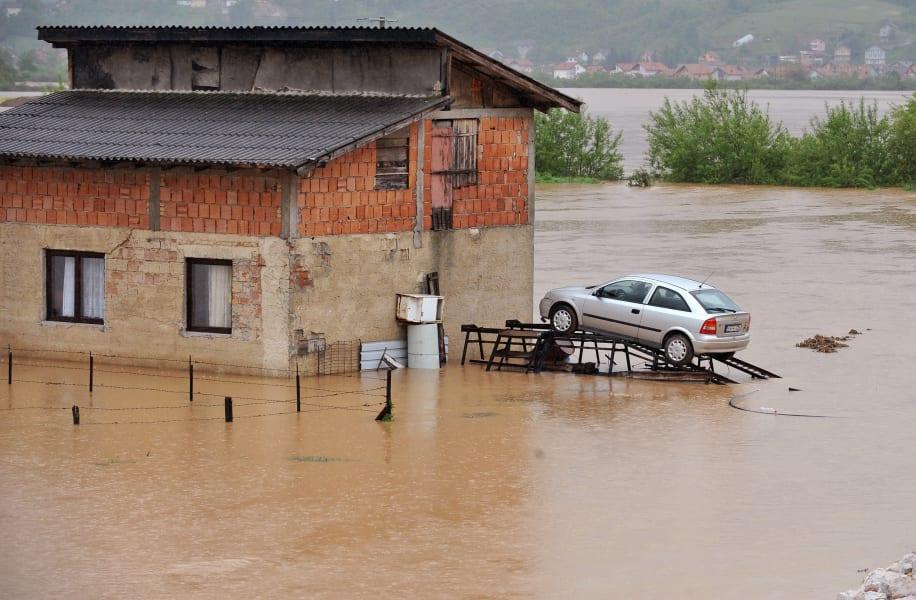 12 balkans flooding