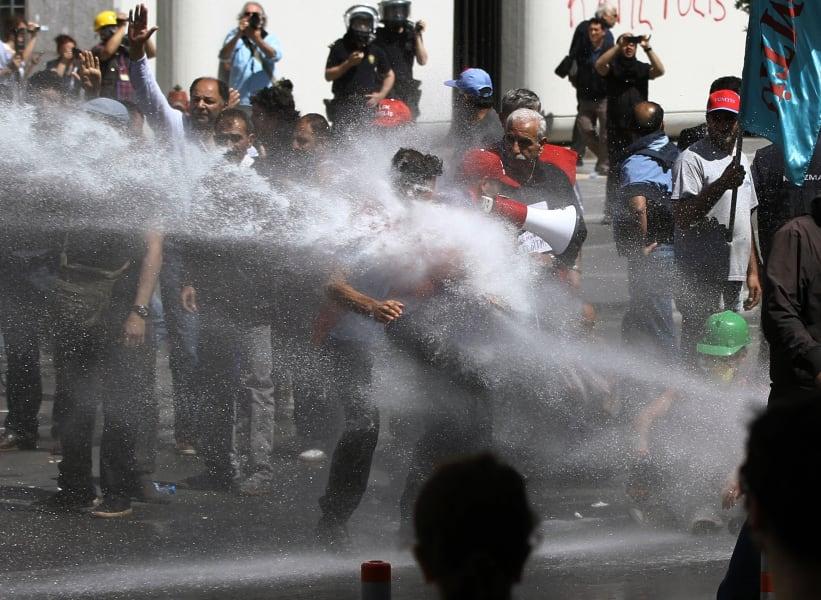 01 turkey protests 0516