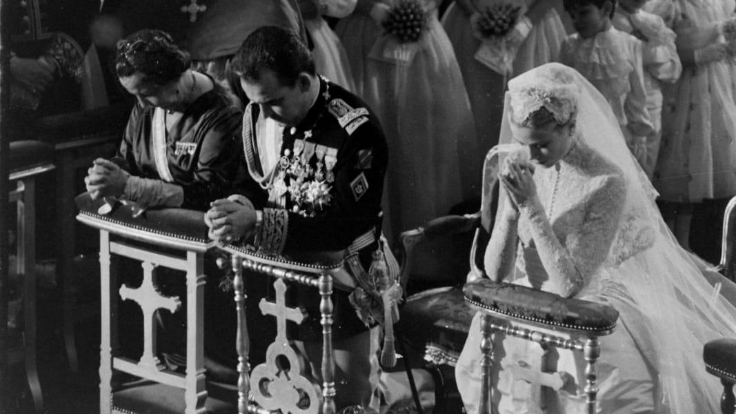 01 celeb weddings RESTRICTED