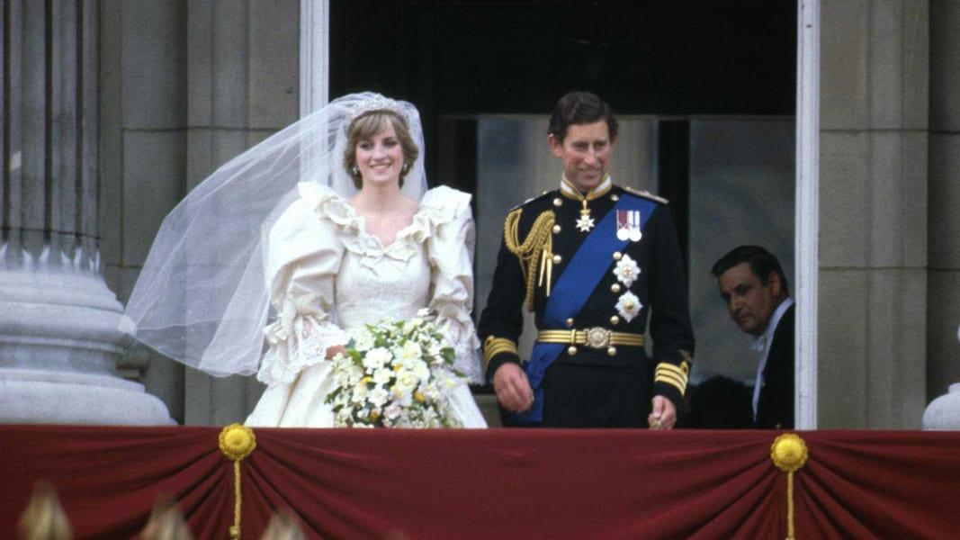 11 celeb weddings RESTRICTED