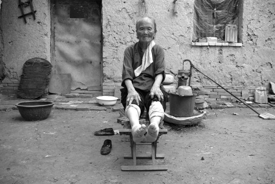bound feet yang yu ying