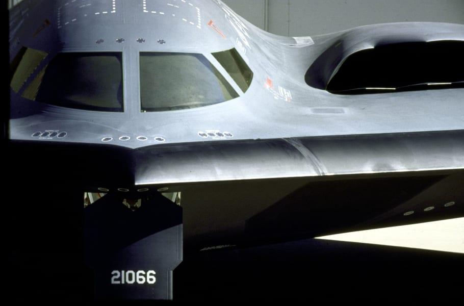 05 stealth bomber