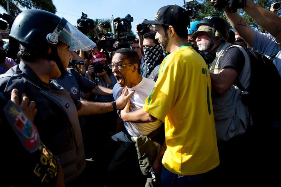 05 sao paulo protests 0612