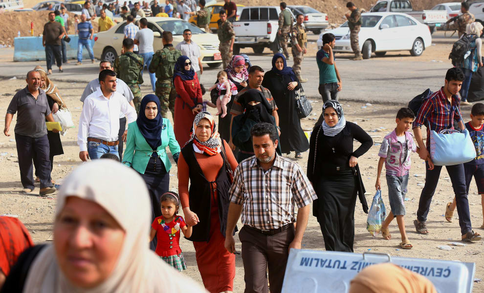03 iraqi refugees 0612