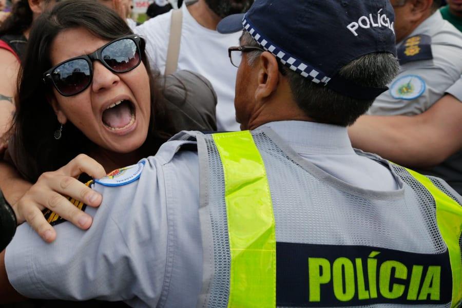 02 brazil protests 0612