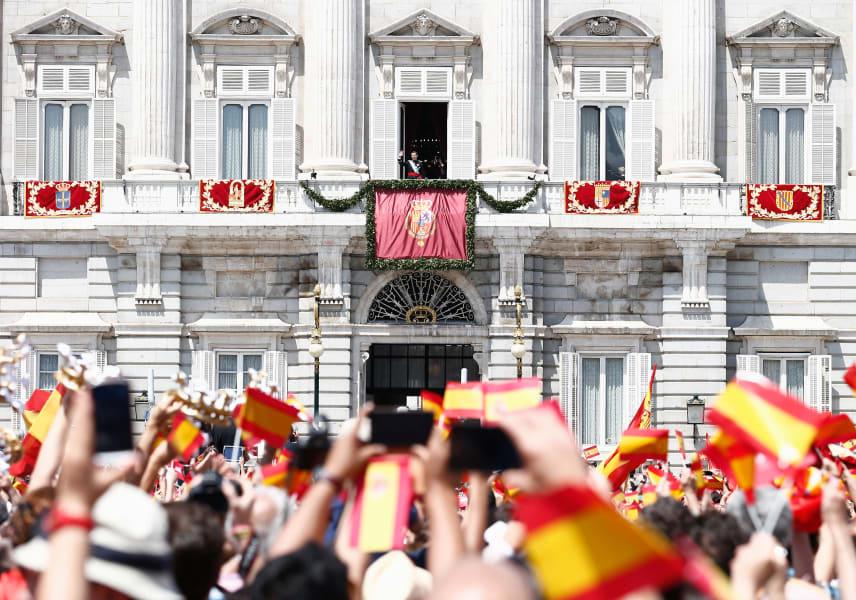 getty king felipe vi royal palace balcony