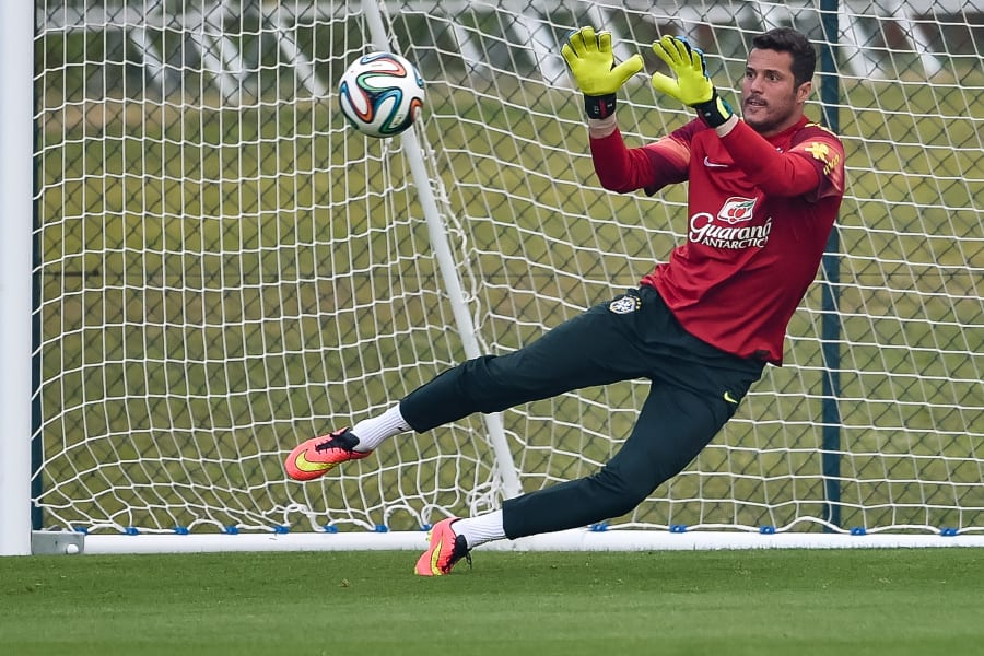 Julio Cesar Training session world cup