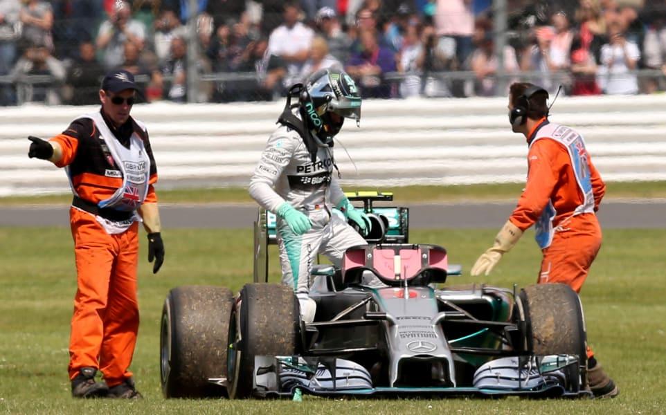 Hamilton wins4