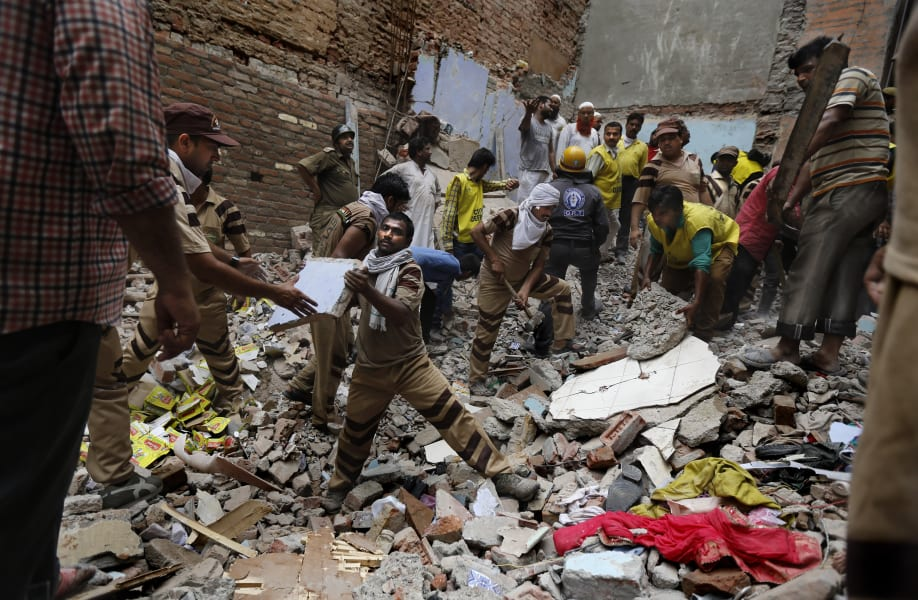 india building collapse 8