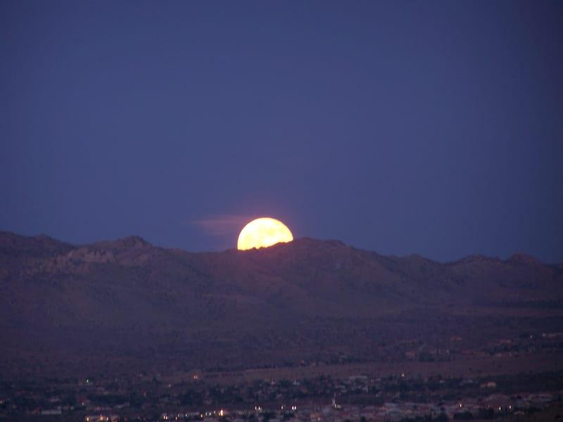 irpt july supermoon Yucca Valley