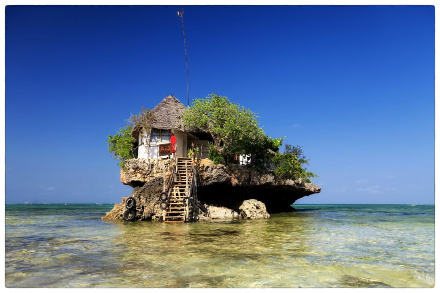 the rock restaurant sea view