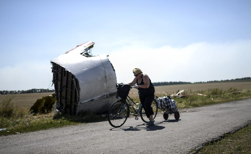 MH17 Woman Bicycle