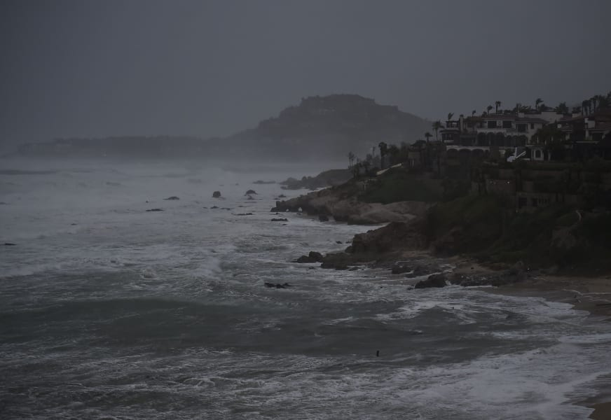 01 mexico hurricane odile 0915