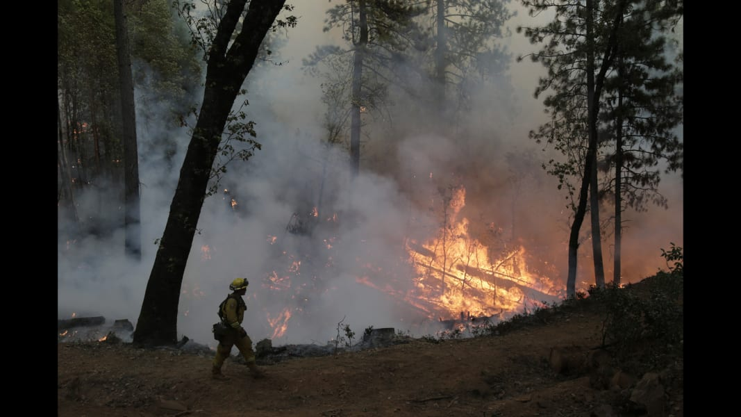 02 CA wildfire 0923