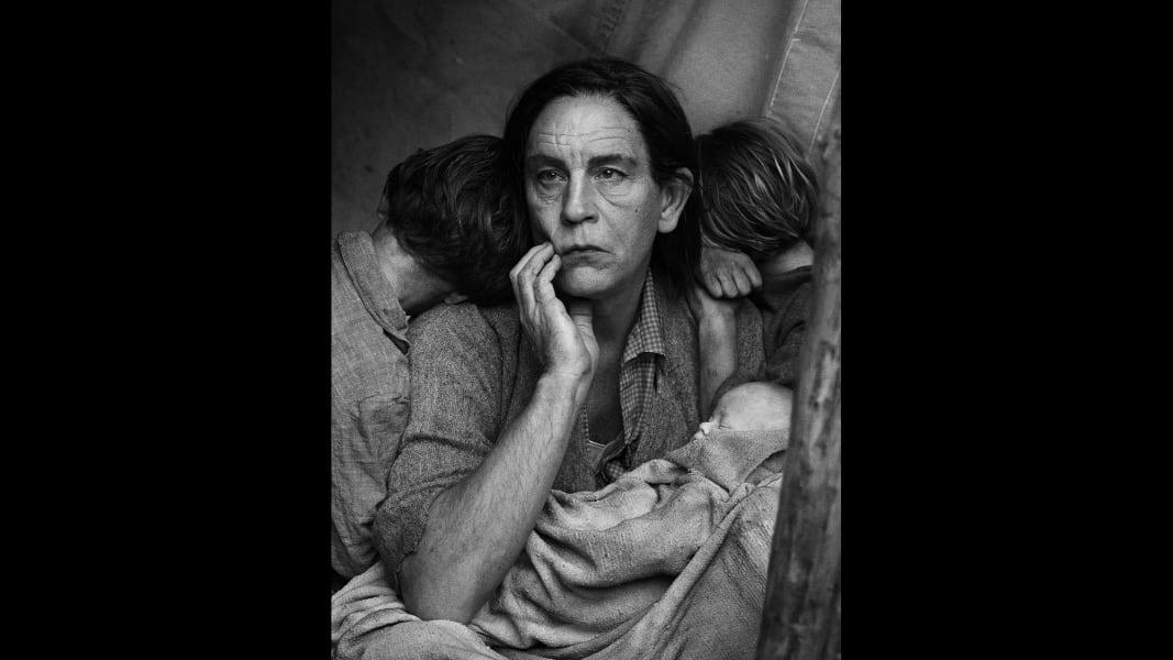 01_Dorothea Lange - Migrant Mother, Nipomo, California, 1936