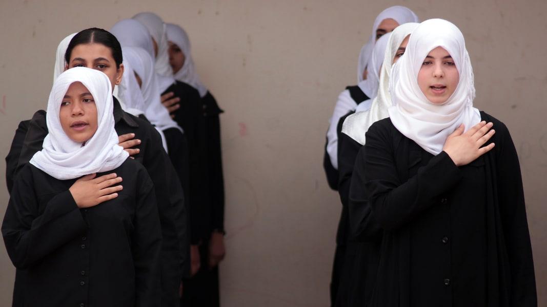 01 Muslim women dress
