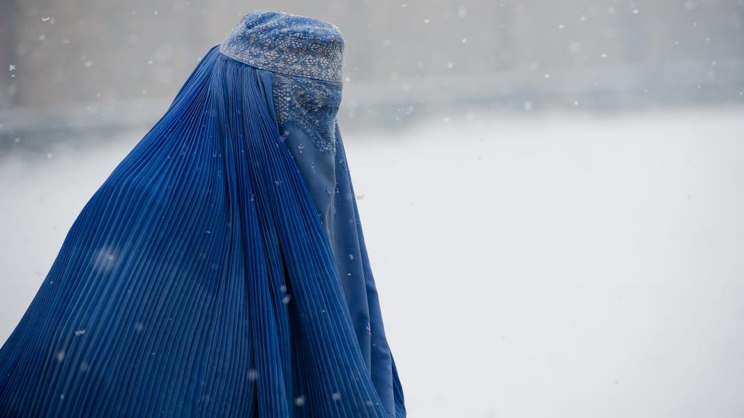05 Muslim women dress