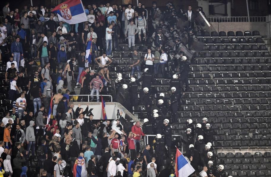 serbian fans belgrade police