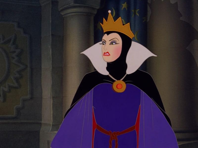 queen seven dwarfs ego