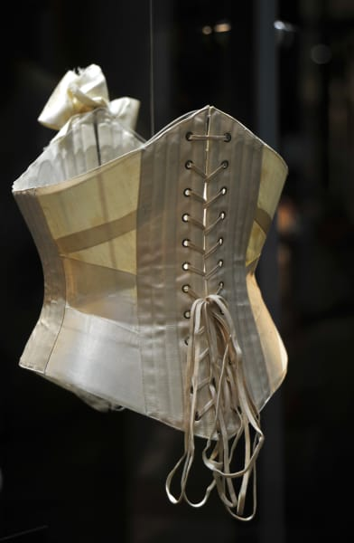 women fashion corset