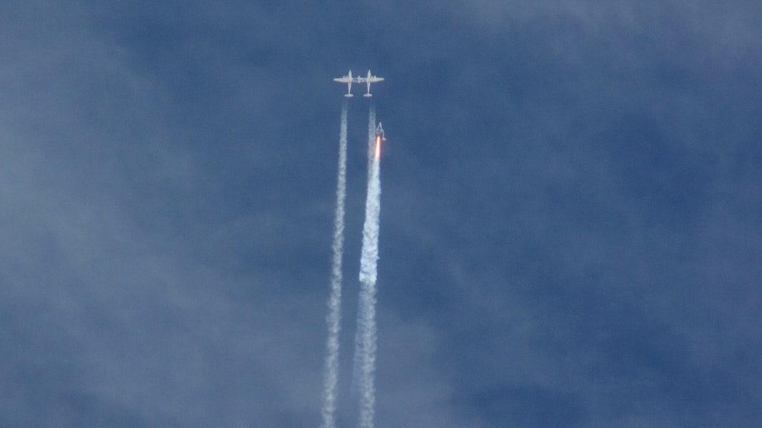 07 space flight crash