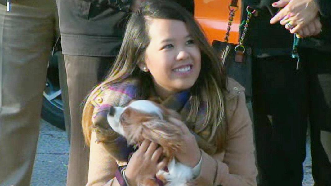 Ebola survivor reunites with dog Nina Pham Bentley
