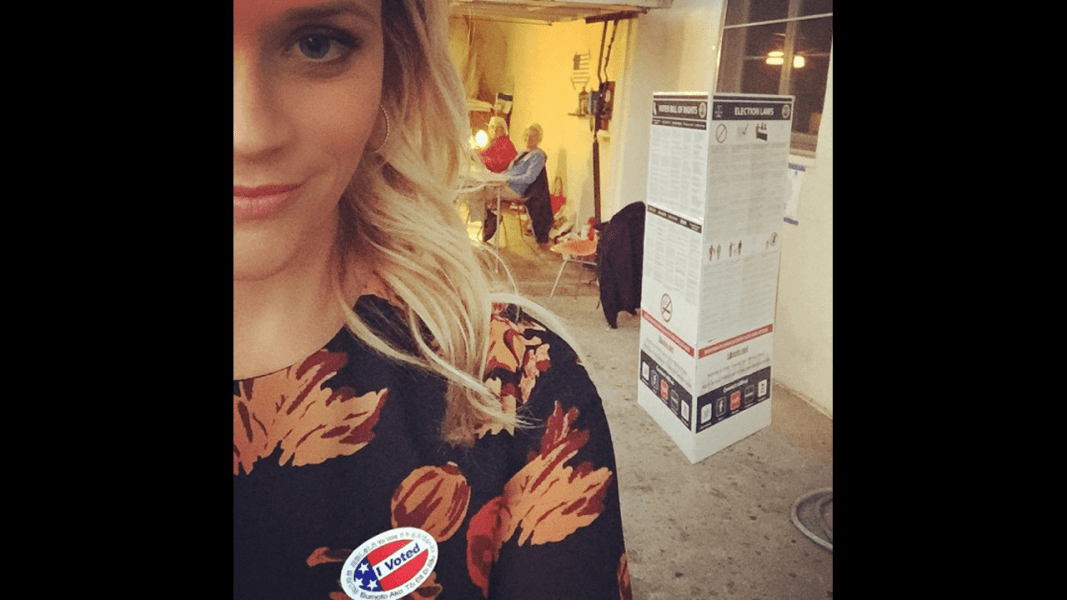 witherspoon vote selfie