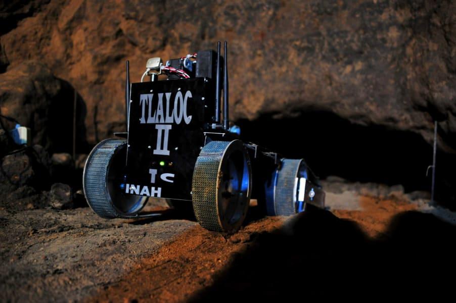 27. ROBOT TLÁLOC II-TC. FOTO INAH