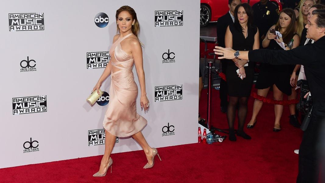 01 Jennifer Lopez 1124