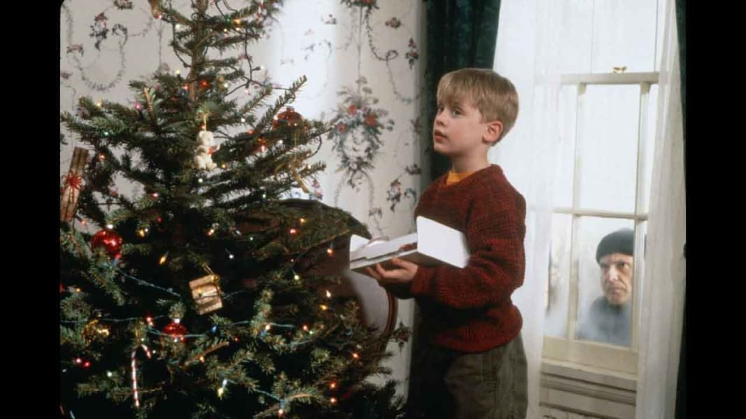 07 Holiday TV and movies