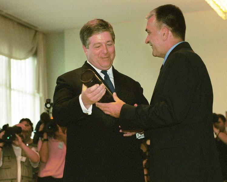 Prince Alexander Karadjordjevic accepts keys royal palace