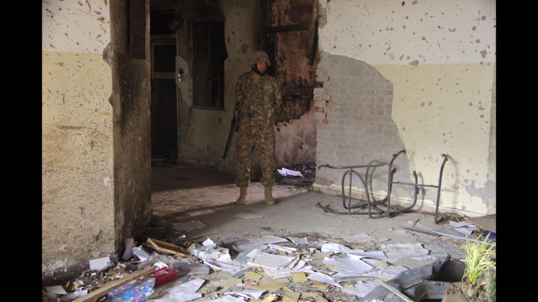 01 Peshawar school aftermath