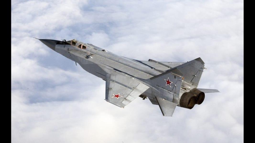 02 Russian warplane